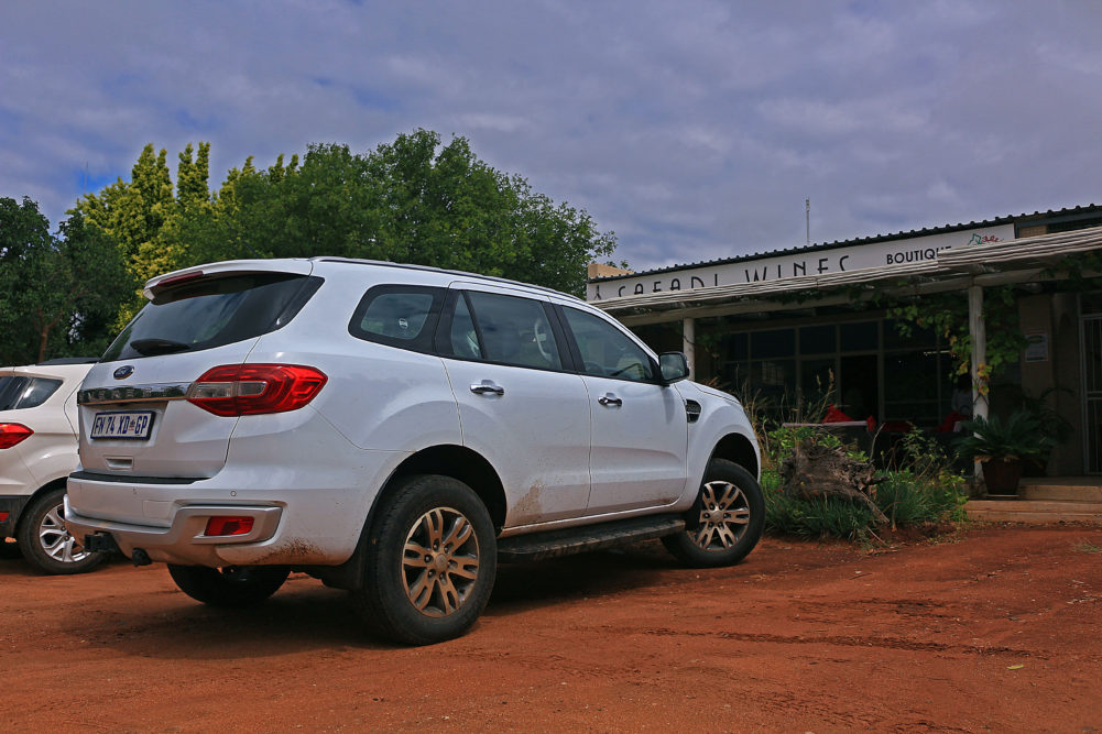 Ford Everest in Hoedspruit on My Lime Boots