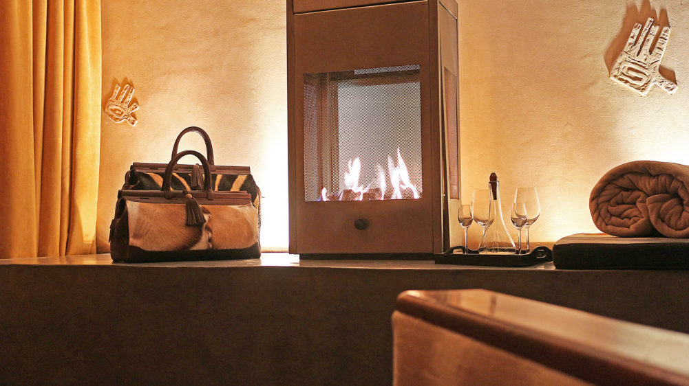 Via La Moda bags at fireplace on My Lime Boots